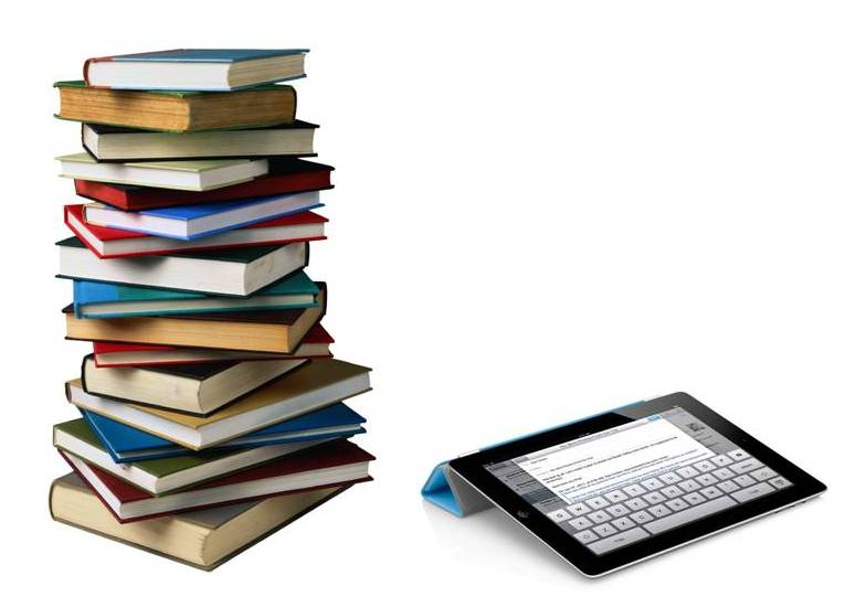 Textbooks vs. eBooks, What You Need to Consider - Go Commando App