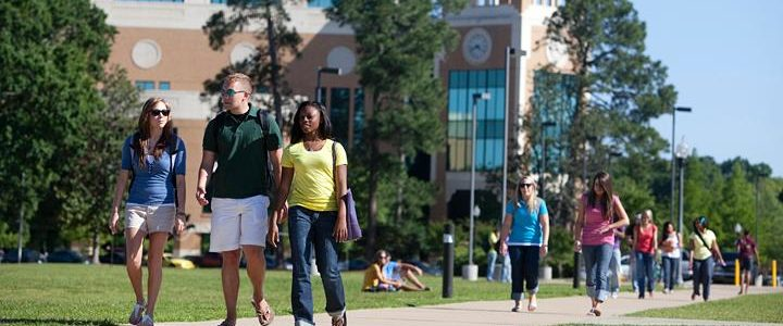 students, college, campus living